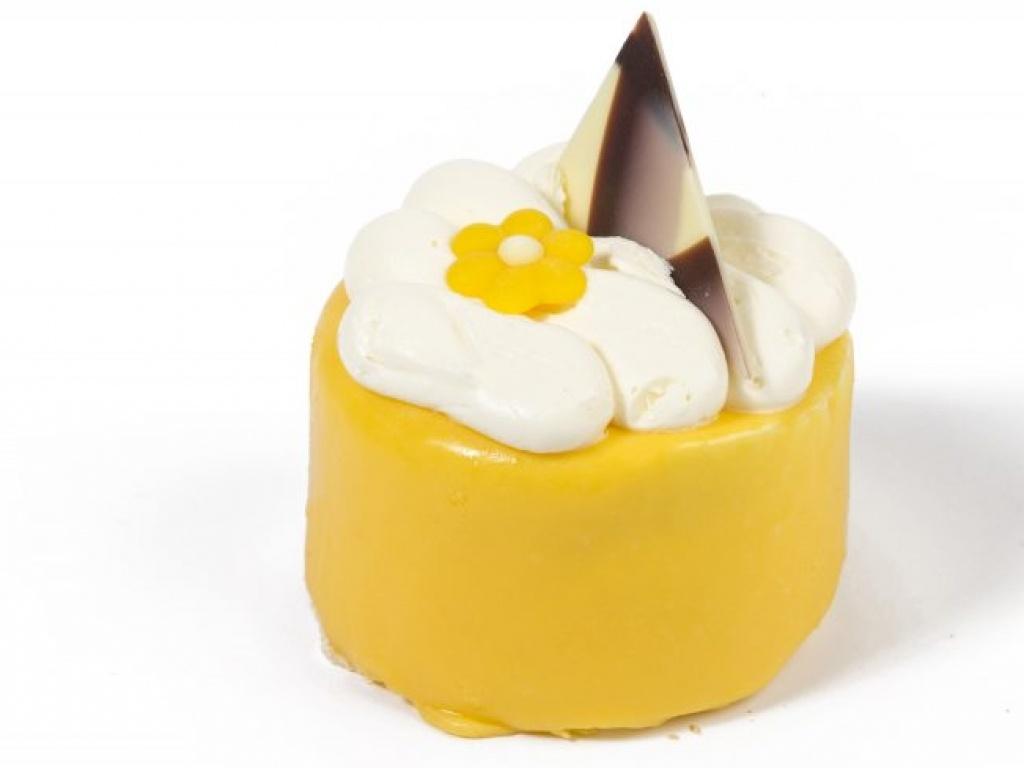 Vergroot de foto van de Glutenvrij Advocaat slagroom schuim gebakje