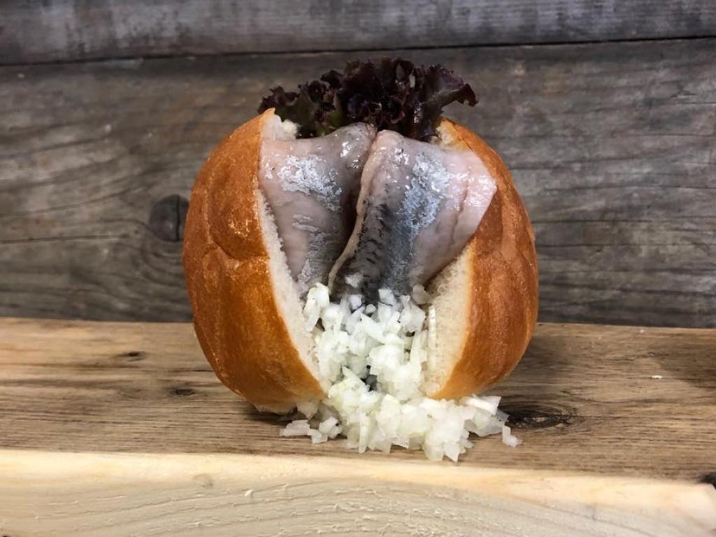Vergroot de foto van de Hollandse nieuwe haring