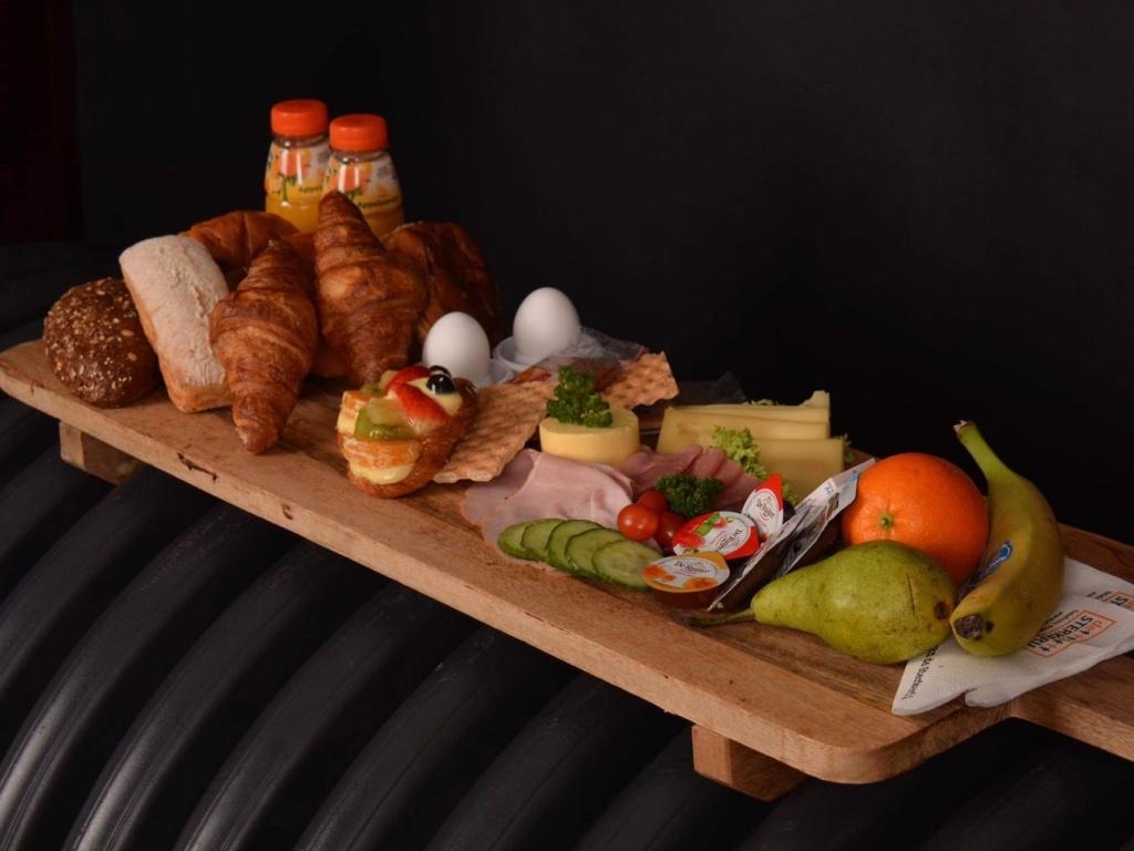 Vergroot de foto van de Luxe ontbijt voor 1 persoon (16,99euro per persoon)