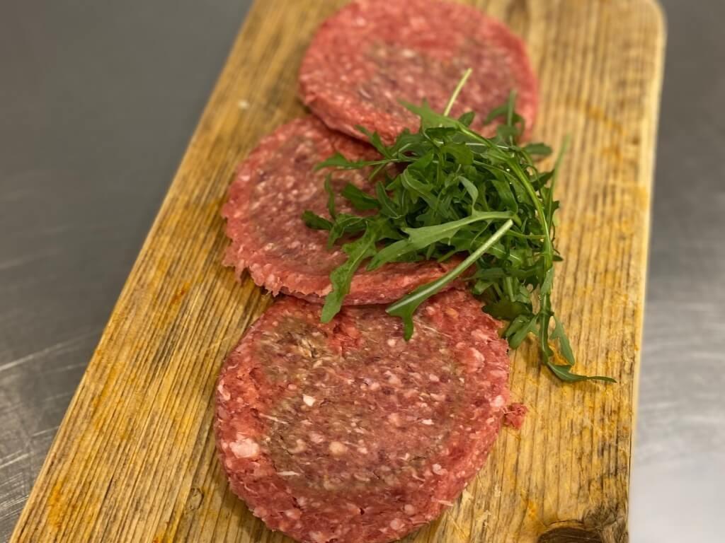 Vergroot de foto van de Black Angus hamburger