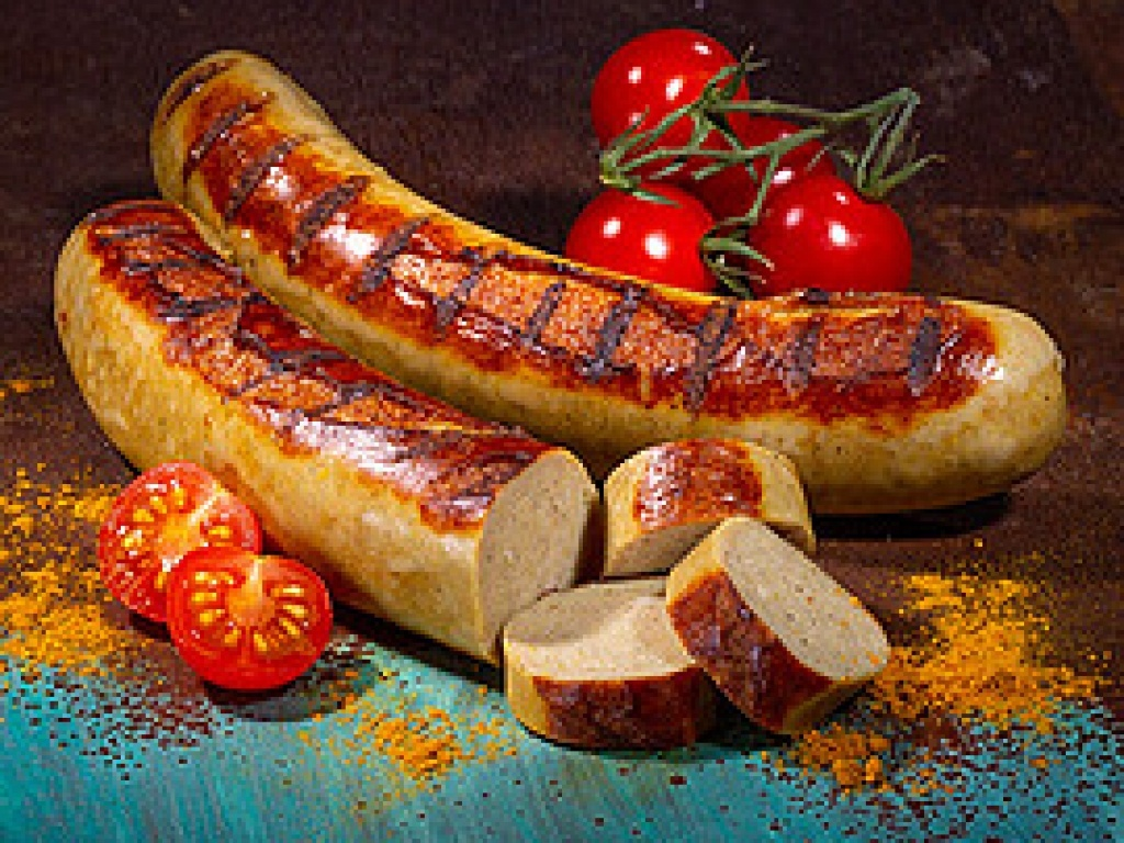 Vergroot de foto van de Bratwurst met broodje